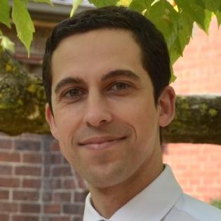 Dr Luke Tomyn